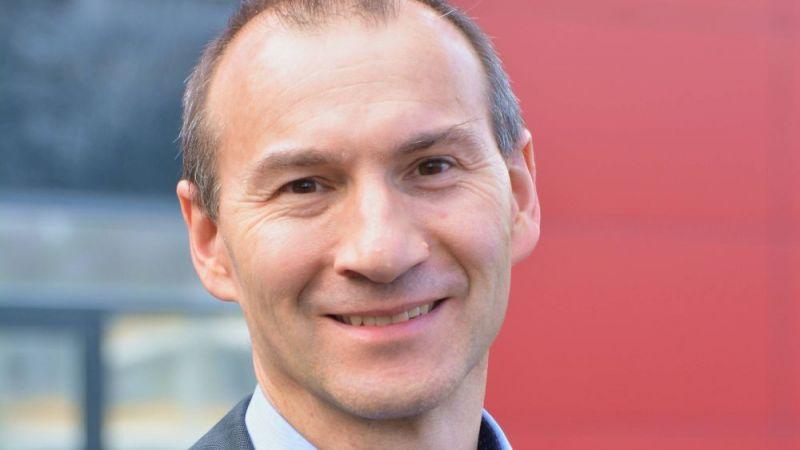 Portraitfoto Dr. Stefan Reber