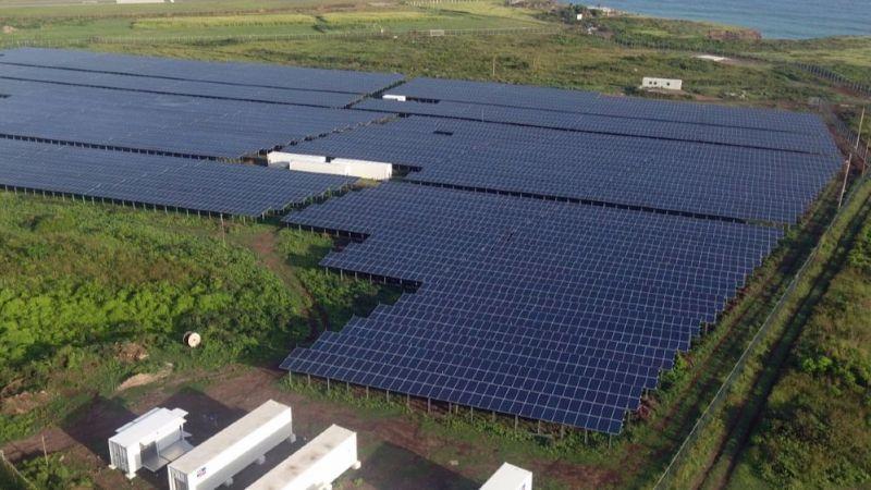 PV-Diesel-Hybridsystem versorgt die 4000 Einwohner der Karibikinsel St. Eustatius.