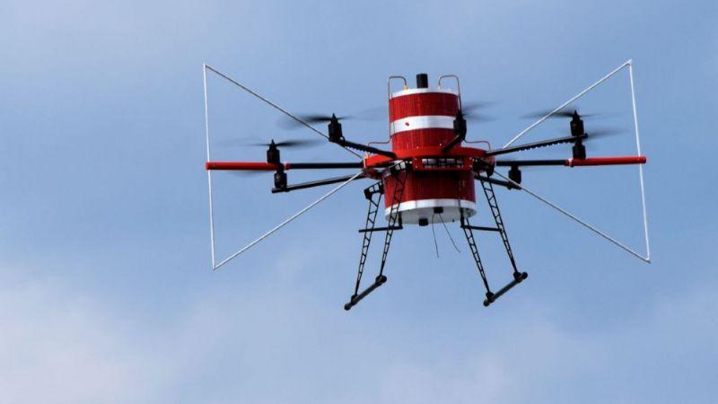 Oktokopter, ausgerüstet mit Messelektronik für Vor-Ort-Untersuchungen